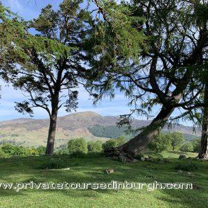 Craigh na Dun standing stones , Outlander tours