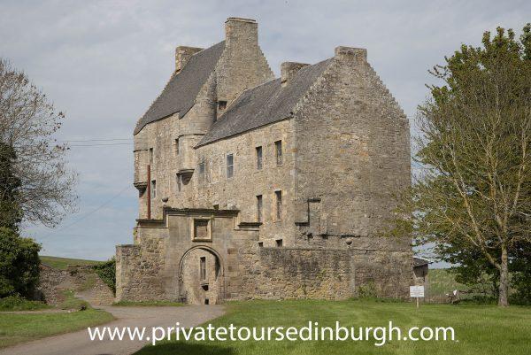 Lallybroch ( Midhope Castle) Outlander tours