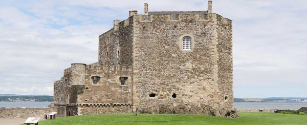 Fort William Blackness Castle) Outlander tours